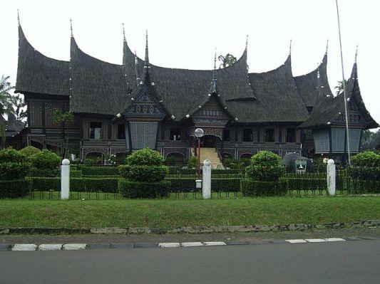 Rumah_Minangkabau